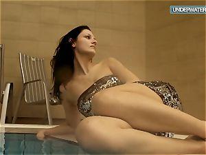 Loris blackhaired nubile swirling in the pool