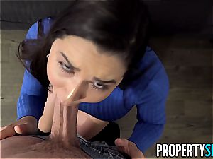 PropertySex bootylicious Real Estate Agent plumbs strung up client