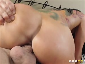 Romi Rain is randy and just wants to plow