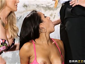 Brandi enjoy lets ho-bo Abbey Lee Brazil pummel her guy