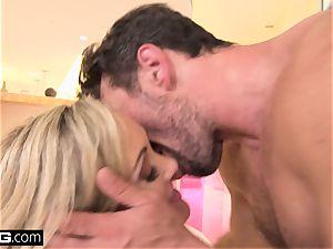 splooging Brandi enjoy loves having a prick in her vulva