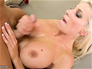 Alluring Puma Swede gets her cunny plunged with manmeat