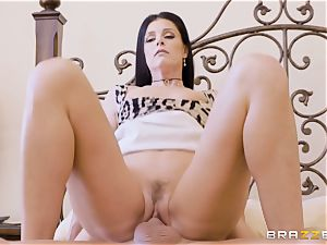 cougar India Summers messes with her strung up daughters-in-law beau