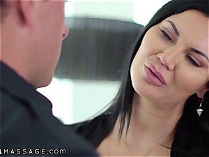 NuruMassage british cougar Jasmine Jae tempts Cop