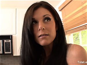 Rebellious ash-blonde tears up her dad's new gf