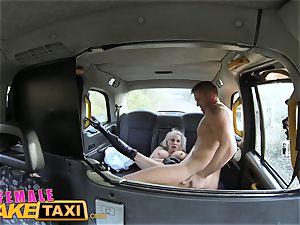 lady faux cab Office employee gets a huge-titted surprise