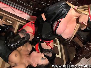 fuckslut Jessica Jaymes and Taylor Wane the domme
