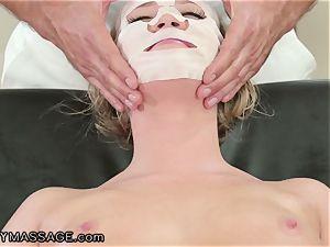 FantasyMassage Bailey Brooke On Top of massagists meatpipe!