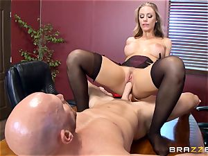 super-fucking-hot chief Nicole Aniston taking a big manmeat in the office