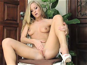 torrid blondie Sicilia Model naked chair getting off