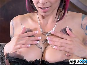 Solo pussy messing pretty inked Anna Bell Peaks
