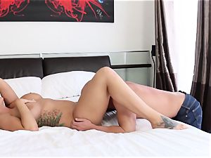 Alison Tyler gets her tight beaver smashed in bed