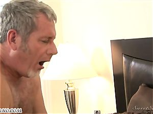dad boinks his youthfull stepdaughter Nicole Ray